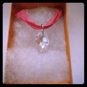 Cool Crystal Clear Teardrop Necklace